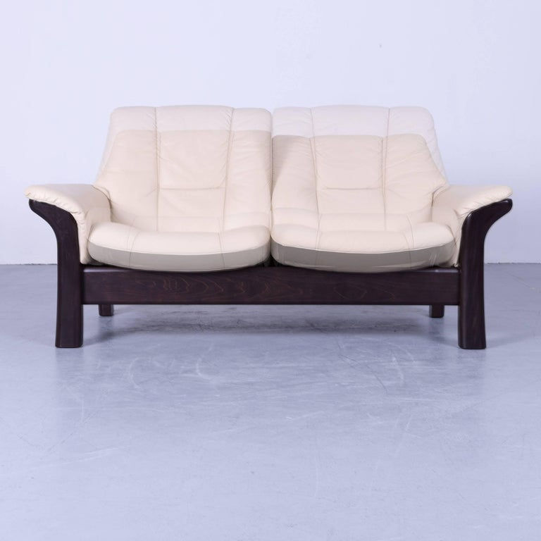 Contemporary Ekornes Stressless Buckingham Sofa Beige Leather Two Seat For