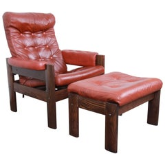 Ekornes Stressless Scandinavian Modern Leather and Oak Lounge Chair and Ottoman