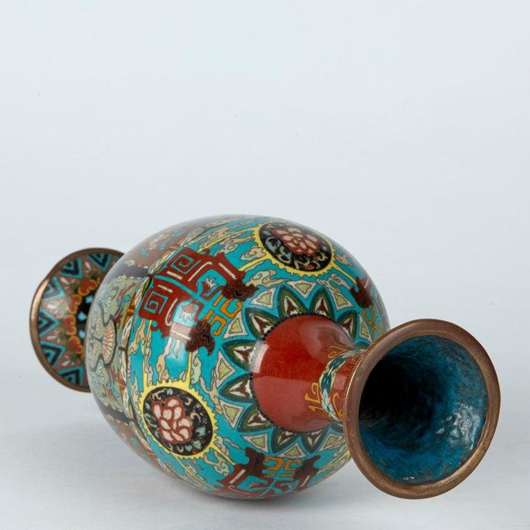 Elaborately Decorated Japanese Meiji Cloisonne Vase, 19th Century For Sale 1