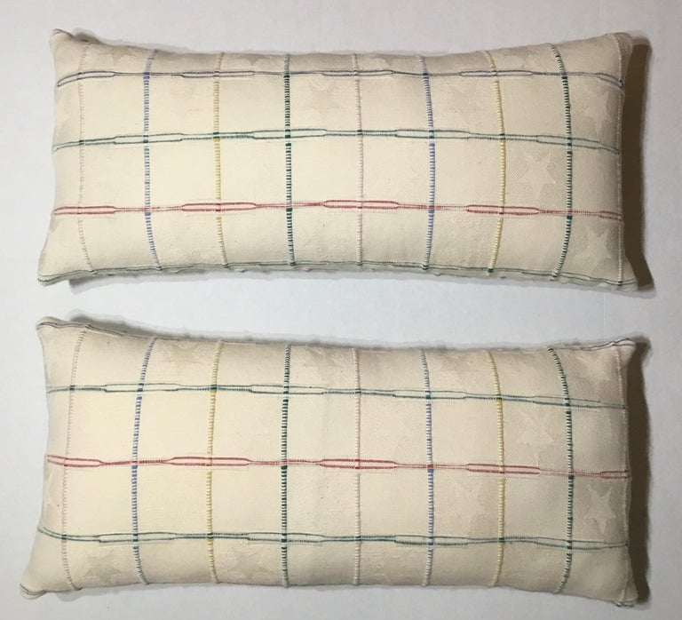 Elegant Pair of Decorative Pillows For Sale 1