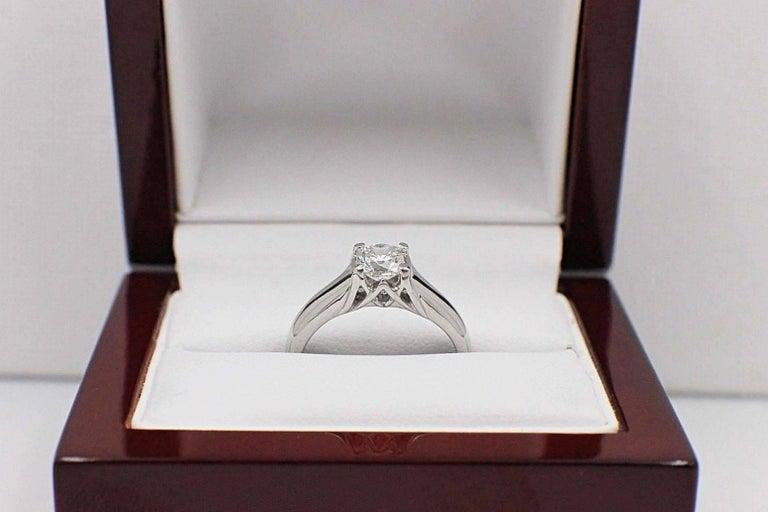 Elara Radiant Diamond Engagement Solitaire Ring 0.71 Carat I VVS1 in Platinum For Sale 3