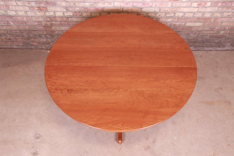 Eldred Wheeler Queen Anne Cherry Wood Tilt Top Pedestal Dining Table, Refinished For Sale 2