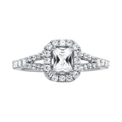 Elegant 1.06 Carat Emerald Cut Engagement Ring