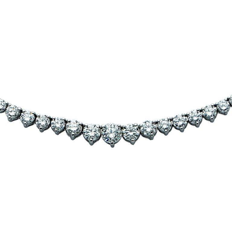 Elegant 13.50 Carat Riviere Diamond Platinum Necklace