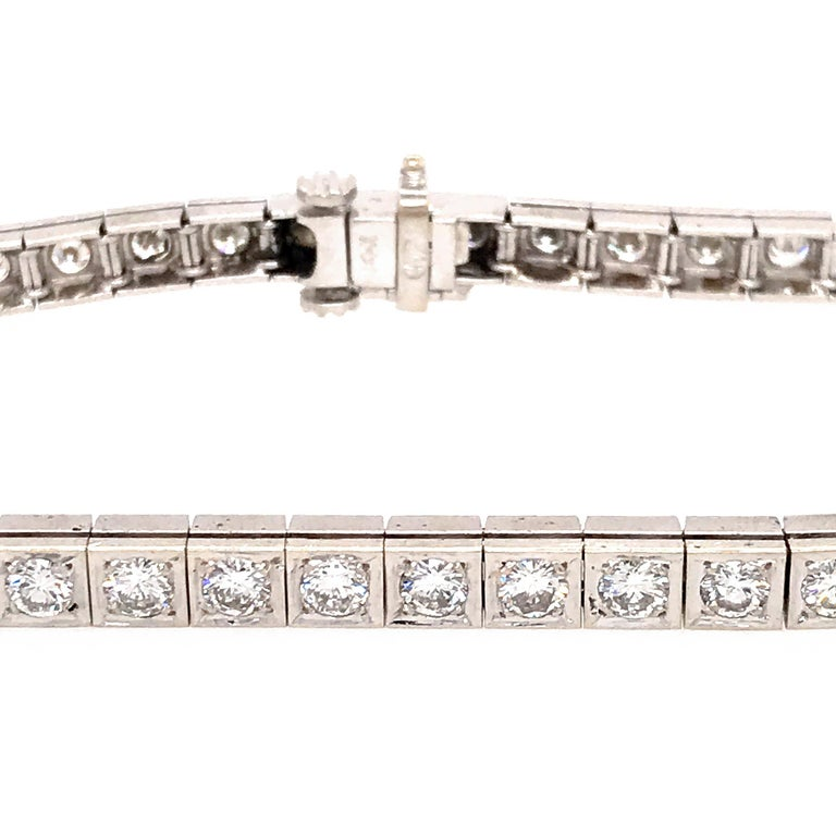 Round Cut Elegant 14 Karat White Gold Diamond Block Bracelet For Sale
