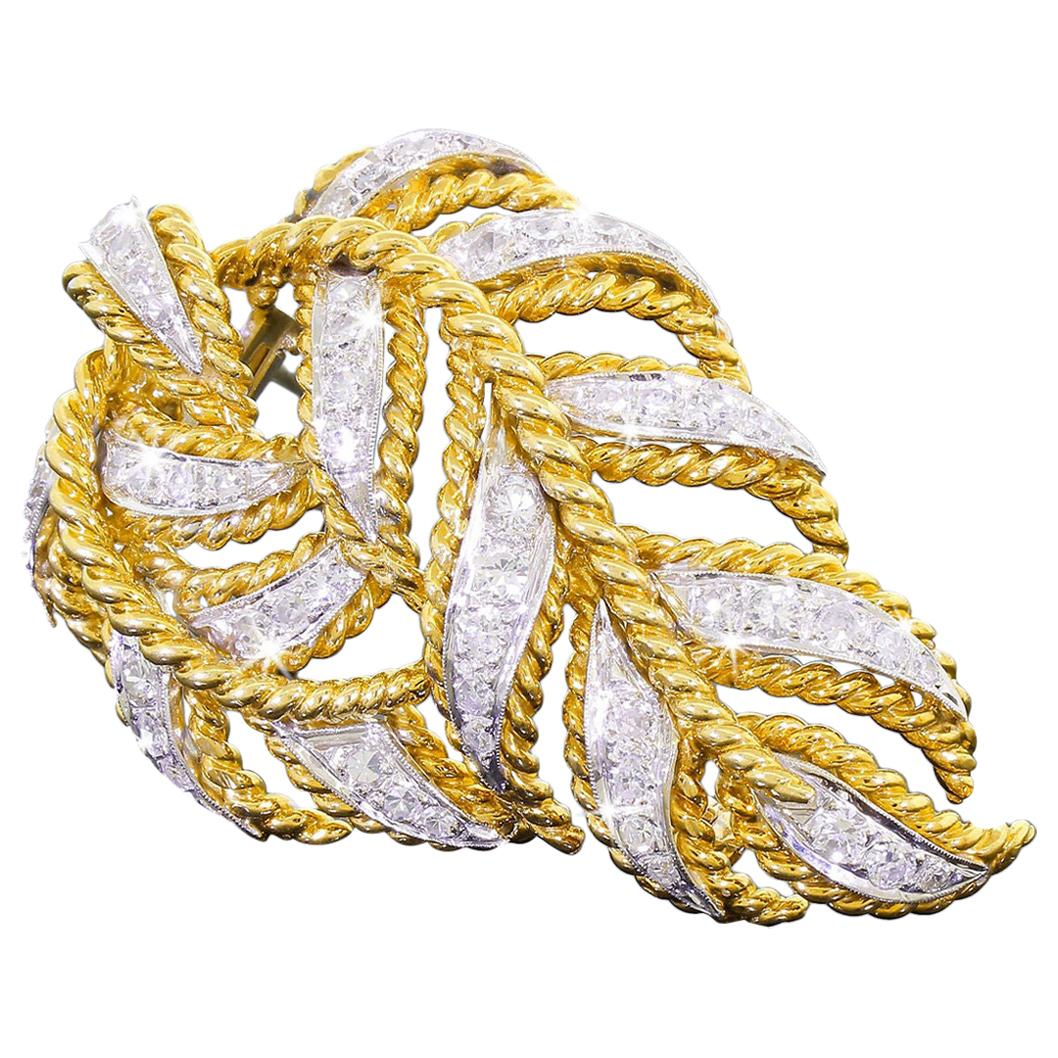 Elegant 18k Yellow Gold Large 2.50 Carat Pave Diamond Leaf Design Clip Brooch