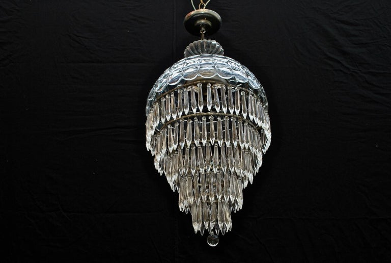 Elegant 1940s Crystal Light In Good Condition For Sale In Los Angeles, CA