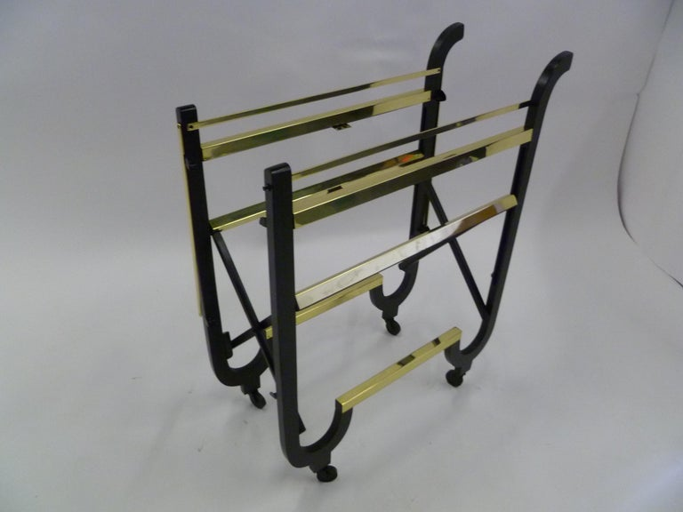 Elegant 1940s Streamline Moderne Bar Tea Cart For Sale 6