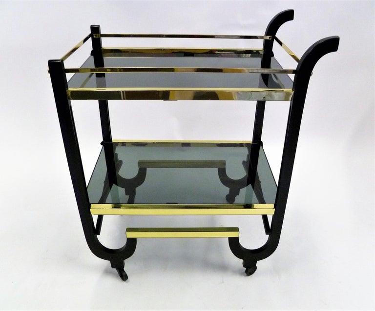 Painted Elegant 1940s Streamline Moderne Bar Tea Cart For Sale