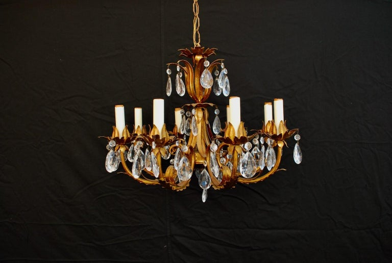 Elegant 1950s Italian Crystals Chandelier In Good Condition For Sale In Los Angeles, CA