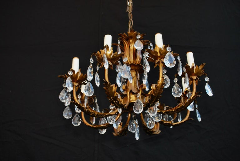 Mid-20th Century Elegant 1950s Italian Crystals Chandelier For Sale