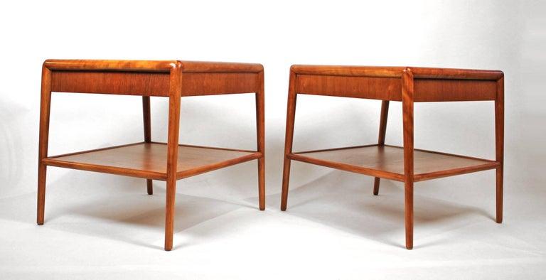 Mid-Century Modern 1950s Mahogany T.H. Robsjohn-Gibbings Nightstands for Widdicomb For Sale