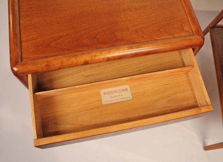 American 1950s Mahogany T.H. Robsjohn-Gibbings Nightstands for Widdicomb For Sale