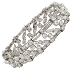 Elegant Handmade Platinum Bracelet With 24.7 Carats Of Diamonds