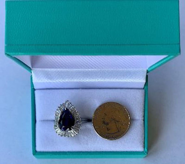 Elegant 9.25 Carat Blue Sapphire and Diamond Baguette Ballerina Platinum Ring For Sale 1