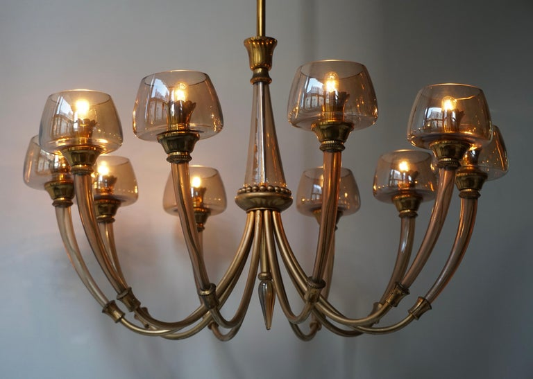 Italian Elegant Murano Glass and Brass Chandelier For Sale