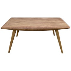 Elegant and Chic Compact Mid-Century Modern Coffee Table by Heywood Wakefield