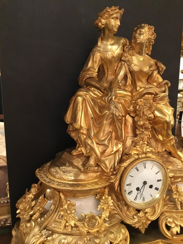 19th Century Elegant and Large Gilt Bronze French Clock For Sale