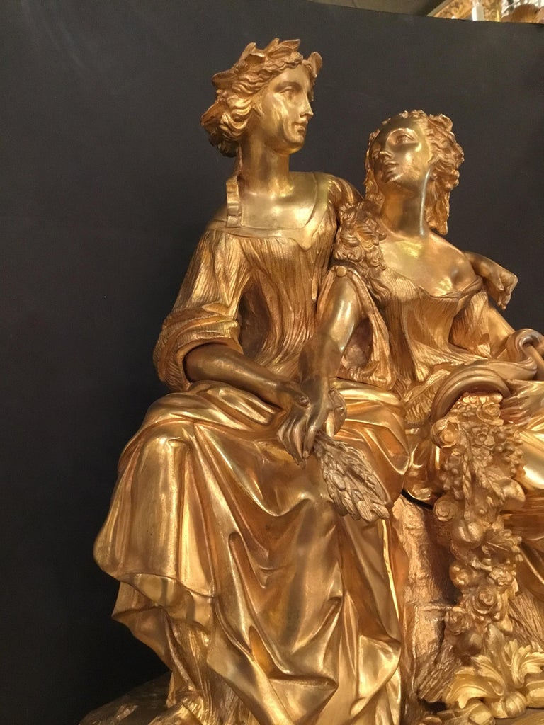 Elegant and Large Gilt Bronze French Clock For Sale 1