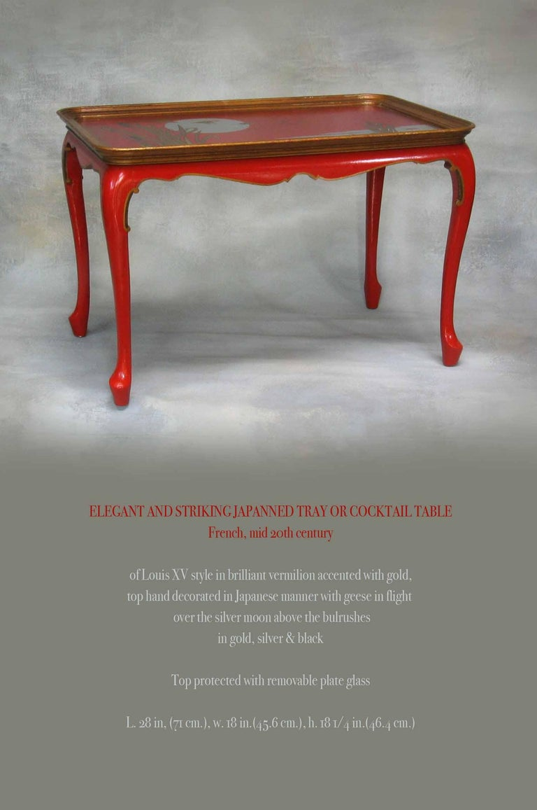 Elegant and Striking Japanned Tray or Cocktail Table French, Mid-20th Century For Sale 2