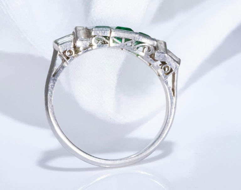 Elegant Art Deco 1920s Platinum 2 Cts Emerald Cut Emerald & Diamond Trilogy Ring For Sale 5