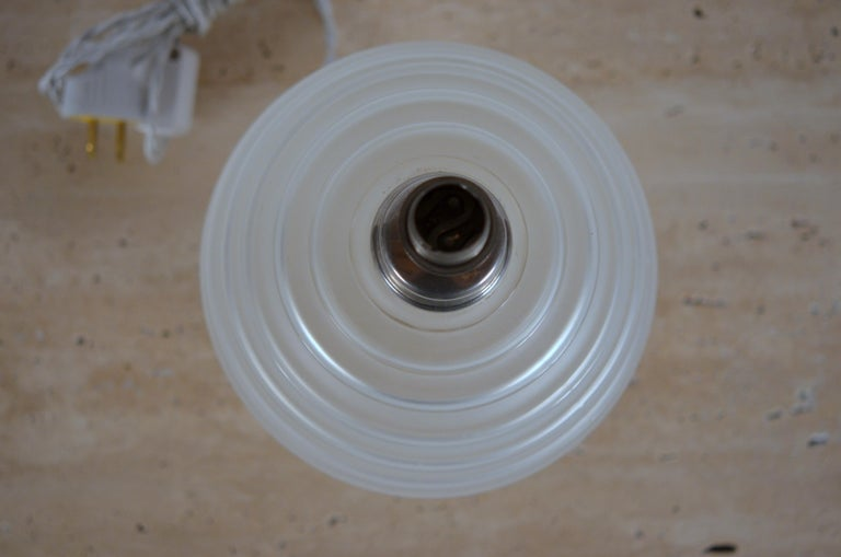 Mid-20th Century Elegant Art Deco Ribbed Glass Table Lamp by George Leleu For Sale