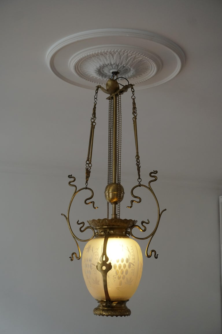 Elegant Art Nouveau Pendant Light in Brass and Glass For Sale 5
