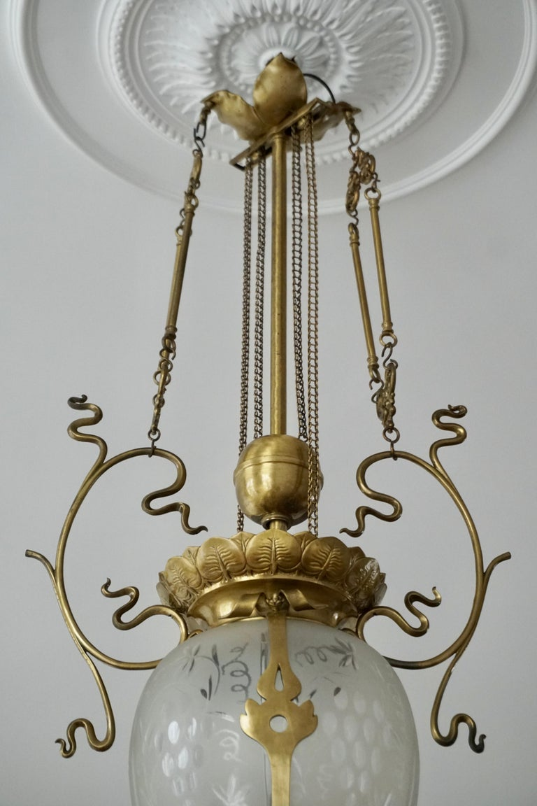 Elegant Art Nouveau Pendant Light in Brass and Glass For Sale 11