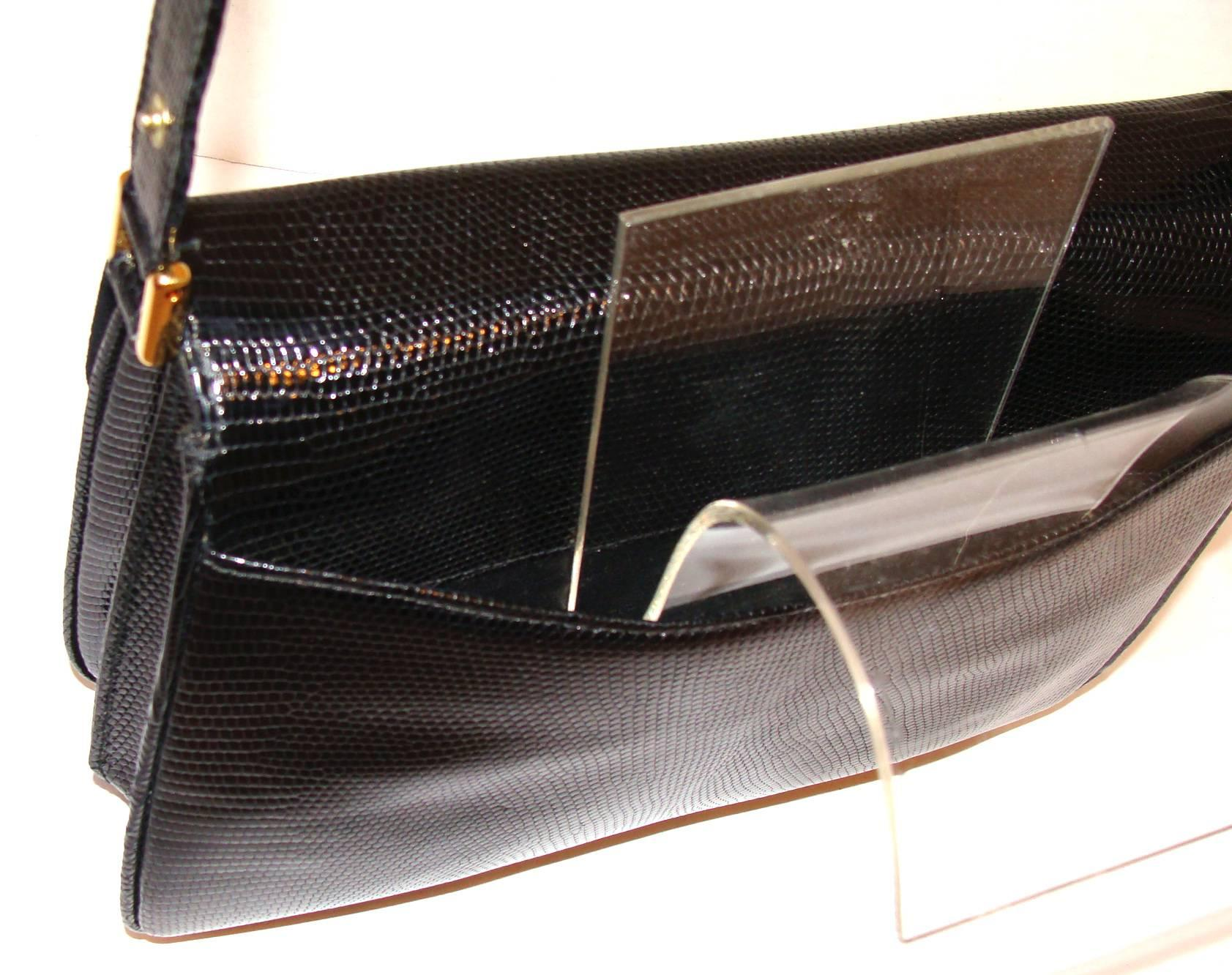 Gucci Elegant Black Gucci Lizard Shoulder Bag With Adjustable Strap Spring EB2CEP