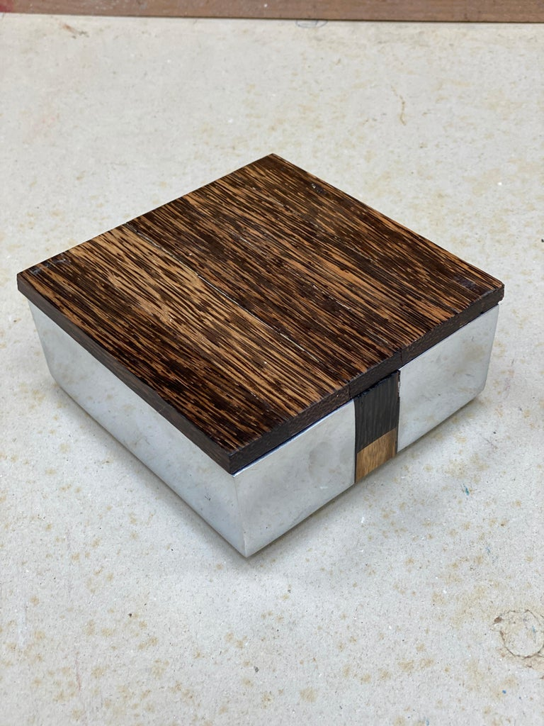 European Elegant Box in Polished Cast Aluminum and Palm Wood, circa 1970 For Sale