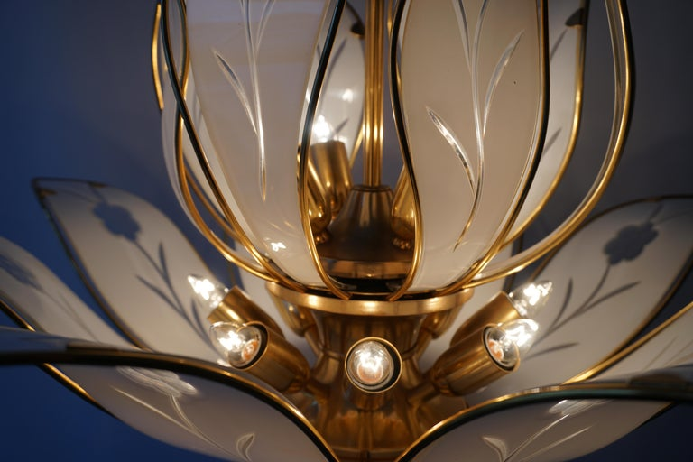 Elegant Brass Chandelier with White Murano Glass Leaves For Sale 5