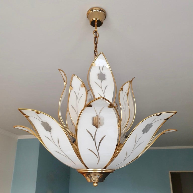 20th Century Elegant Brass Chandelier with White Murano Glass Leaves For Sale