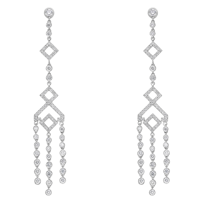 Elegant Chandelier Paved Diamond Earrings 2.84 Carat 18k Gold Crusted Earrings