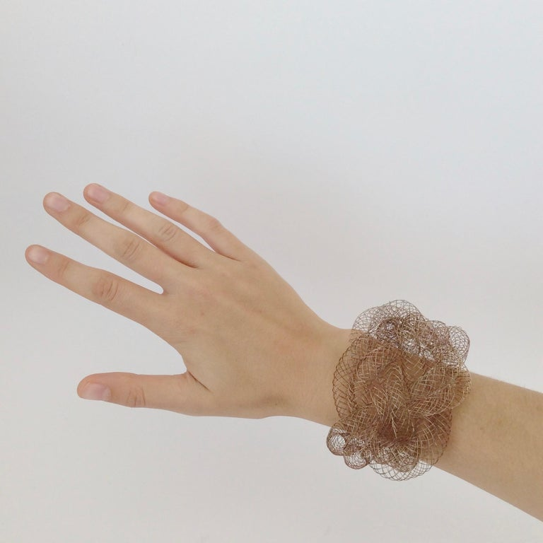 Elegant Copper Wire Bracelet, circa 1990, U.S.A For Sale 5