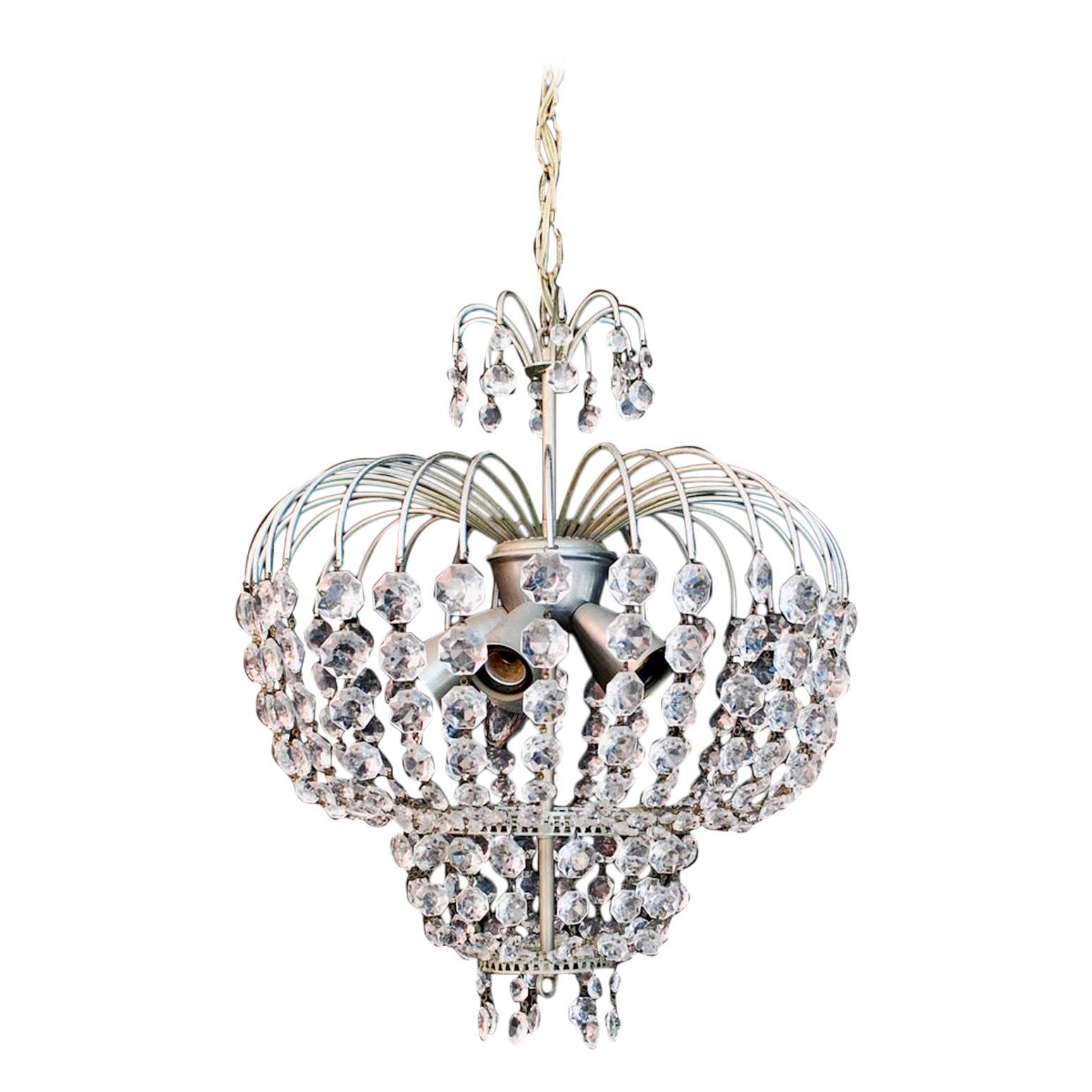 Elegant Crystal Light