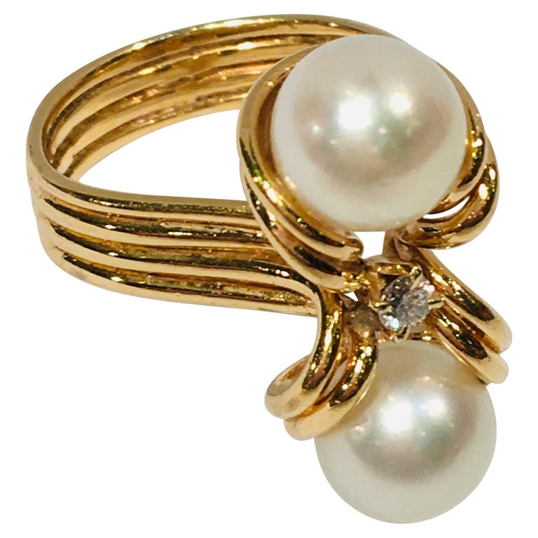"Elegant Custom 18 Karat Yellow Gold Double White Pearls and Diamond ""OxO"" Ring For Sale"