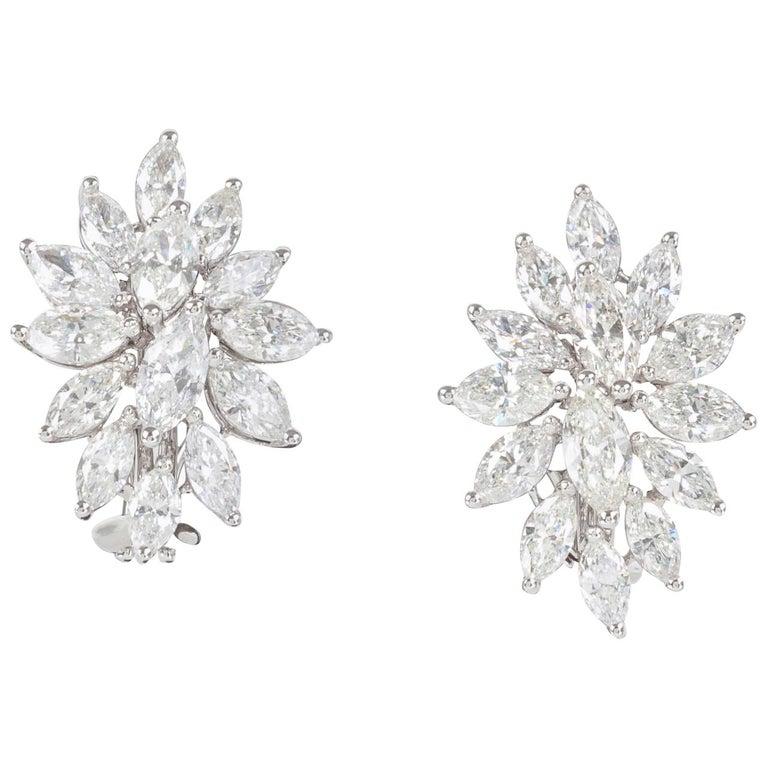 Elegant Diamond Gold Cluster Earrings For Sale