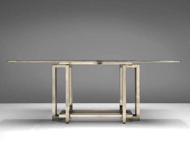 Elegant Dining Table in Glass and Chrome For Sale 1