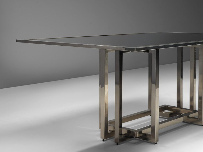 Elegant Dining Table in Glass and Chrome For Sale 2