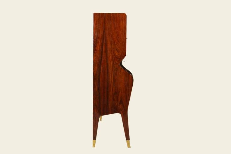 Elegant Dry Bar by Osvaldo Borsani for Atelier Borsani Varedo, 1950s In Good Condition For Sale In Chiasso, CH