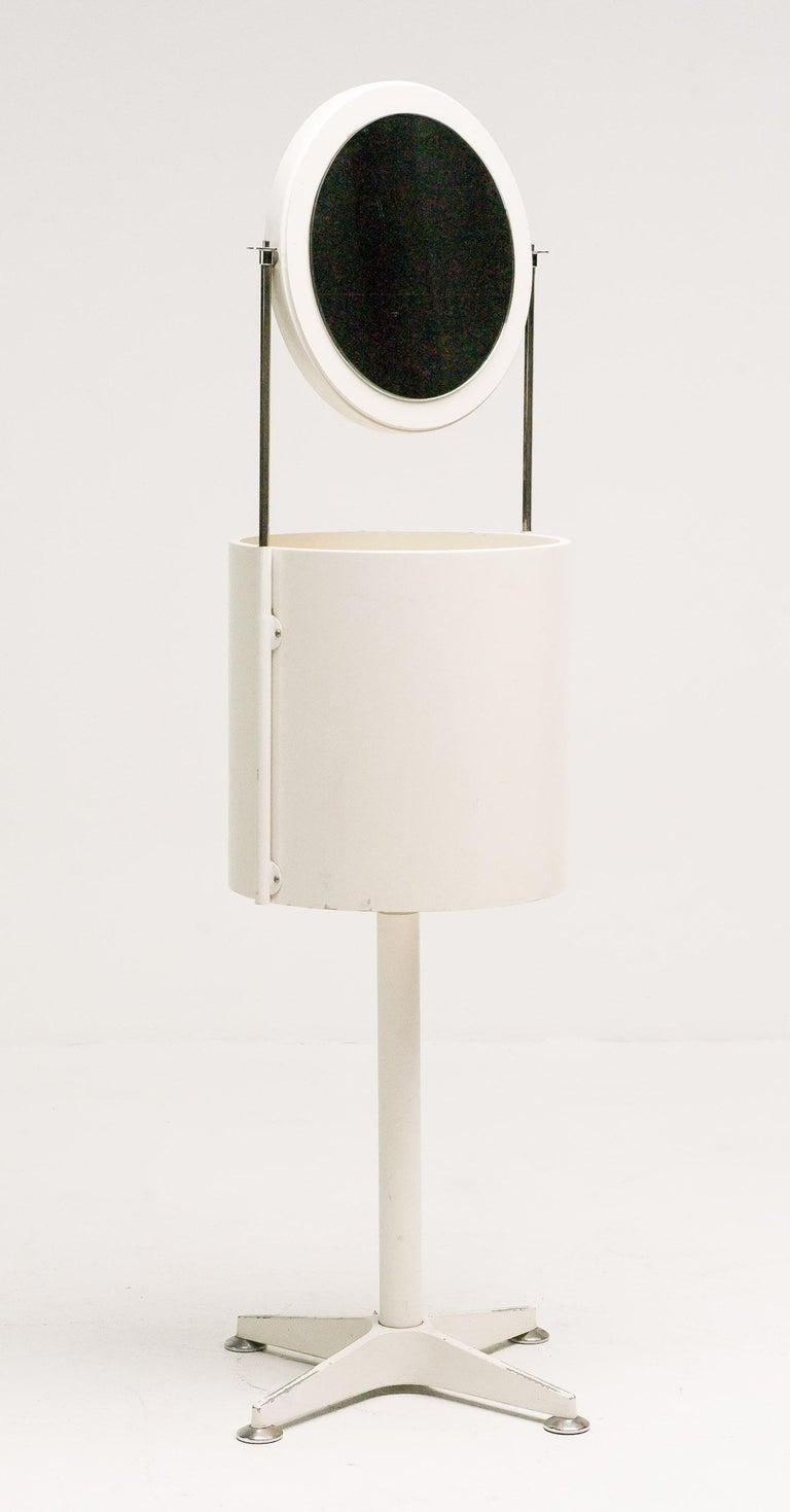 Mid-Century Modern Elegant Dutch Minimalist Vanity For Sale