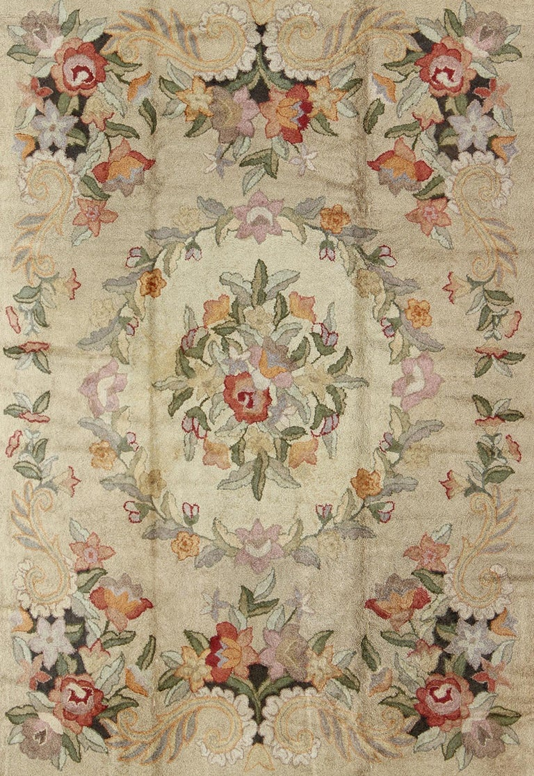 Antique American Hooked Rug In Cream