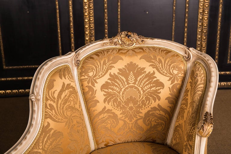 Elegant French Chaise Longue in Louis Quinze Style For Sale 2