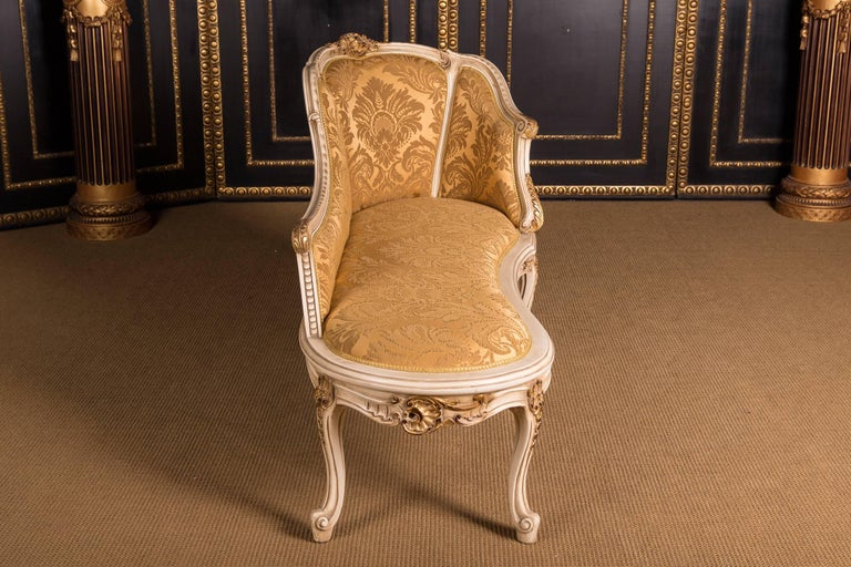 Elegant French Chaise Longue in Louis Quinze Style For Sale 4
