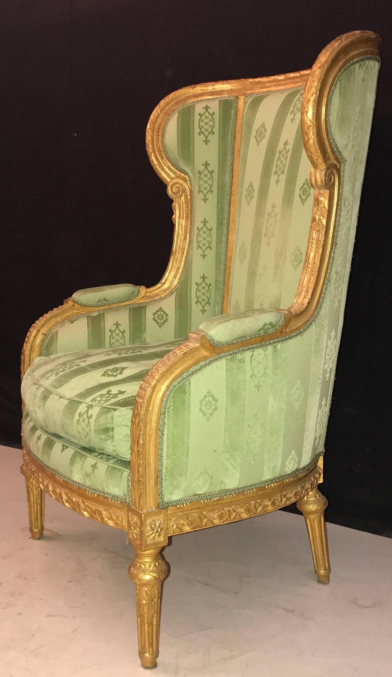 18th Century Elegant French Louis XVI Giltwood Armchair or Bergère, 1780 For Sale