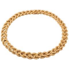 Elegant Gold French 1950s Vintage Necklace