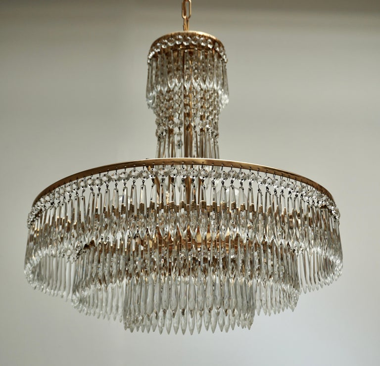 Elegant Hollywood Regency Crystal and Brass Chandelier For Sale 3