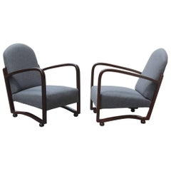 Elegant Italian Armchairs of the 1940s  about Class and Refinement