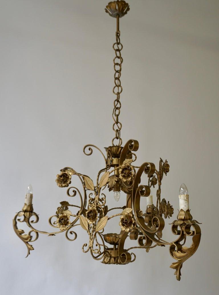 Elegant Italian Chandelier For Sale 4