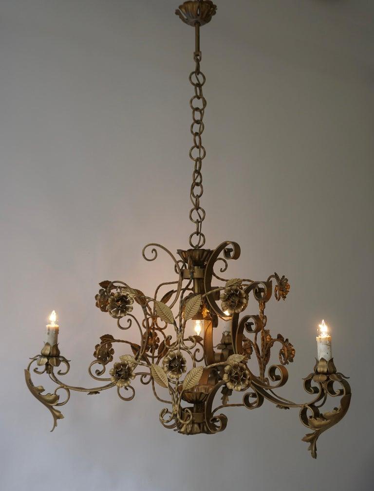 Elegant Italian Chandelier For Sale 5